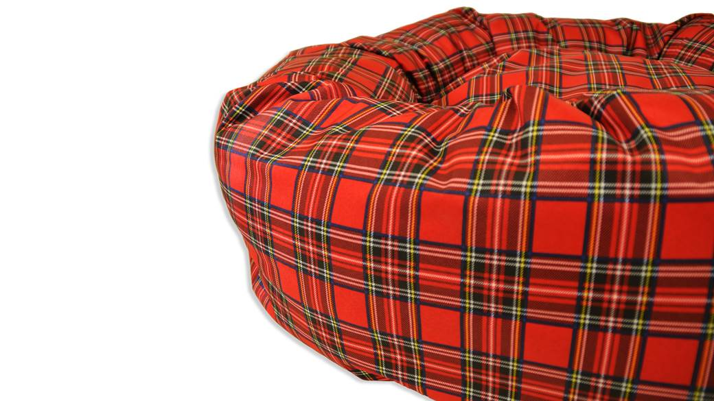 Donut_bed_Plaid_Red_03