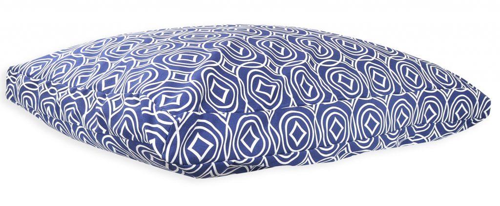 Diamond-Retro-Cushion-Bed_2